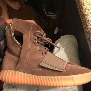 Yeezy Shoes | Yeezy Chocolates 75s